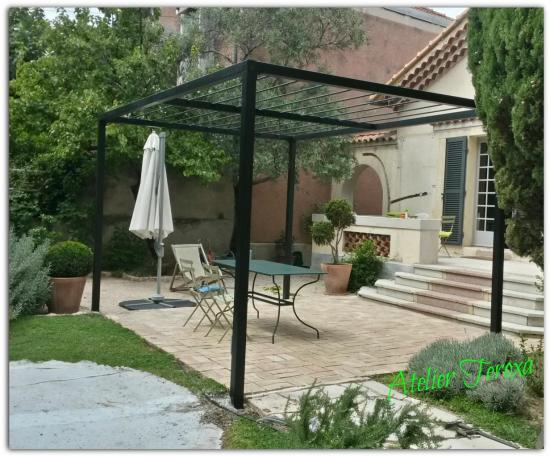 Pergola contemporaine 1